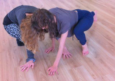 טיפול בתנועה, דרך חדשה בתנועה, לימוד שפת גוף, תרפיה בתנועה, מרחב תנועה, קורס שפת גוף, מילכה לאון, שיטת לאבאן